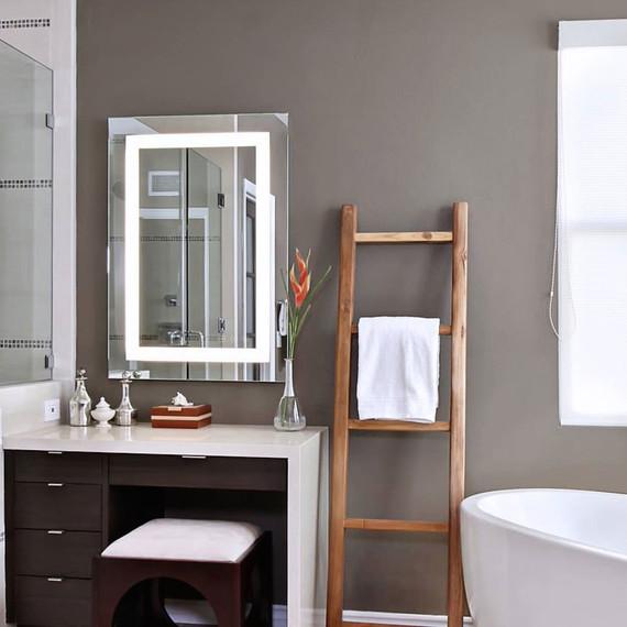 vezzo-mirror_bathroom-style-0117.jpg (skyword:387926)