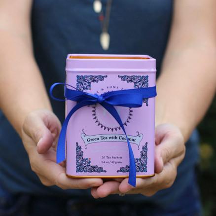 tea-tin-candle.jpg