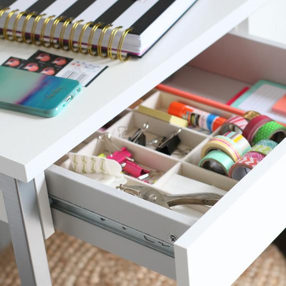desk-drawer-atg.jpg (skyword:225856)