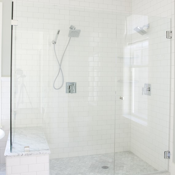 spa-shower-1016.jpg (skyword:349577)
