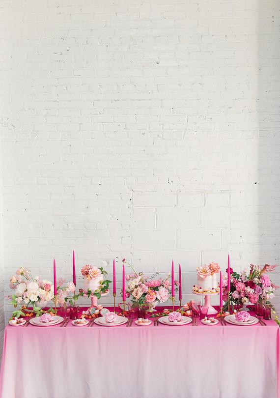 pink_ombre_table_0512.jpg (skyword:276113)