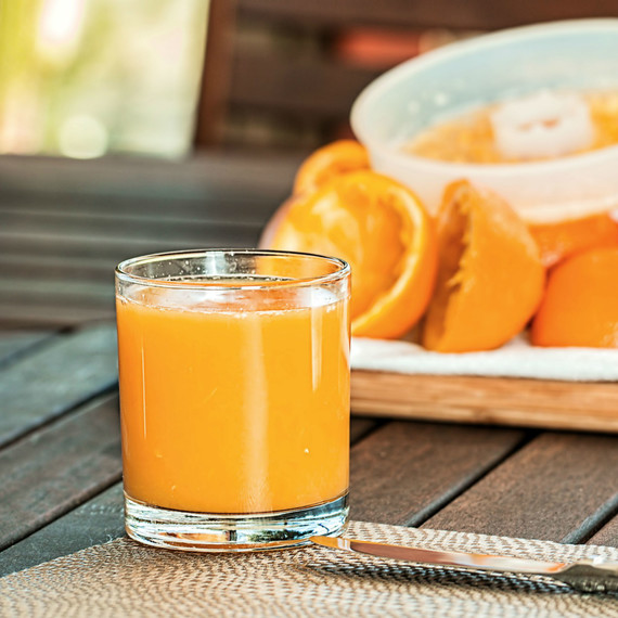 fresh_orange_juice_1016
