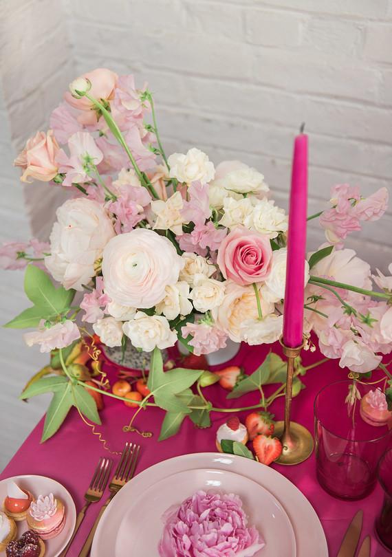 light_pink_florals_0512.jpg (skyword:276077)