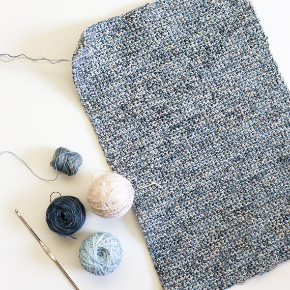 crochet-clutch-7007.jpg (skyword:307092)