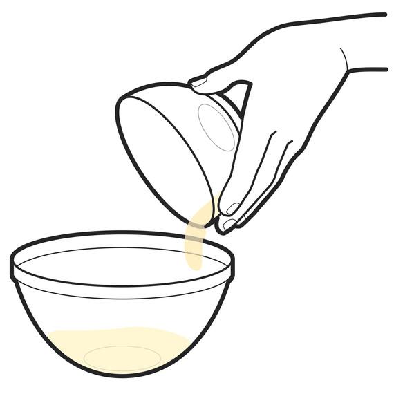 pouring-egg-i111446.jpg