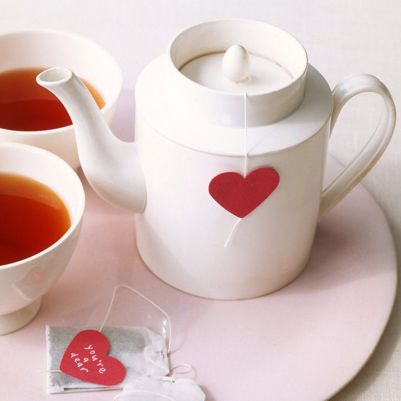 0106_kids_hearttea_l.jpg