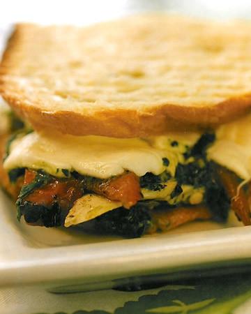 5089_020510_sandwich.jpg