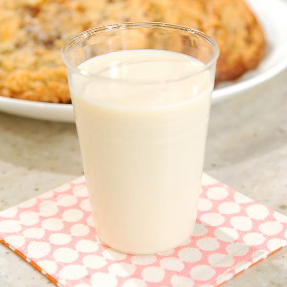 cereal-milk-mslb7028.jpg