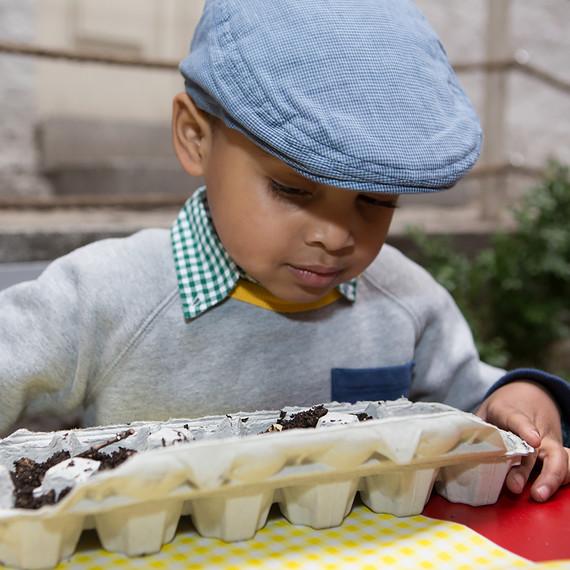 kids-garden-kit-0316.jpg (skyword:243060)