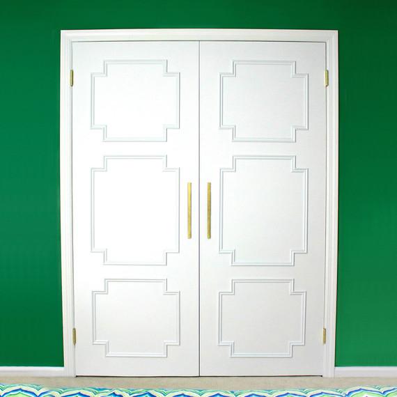 diy-door-molding-0915.jpg (skyword187318) & The Magic of Molding: An Easy DIY to Transform Your Boring Flat ...