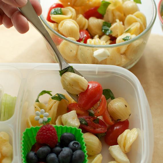 easy-pasta-salad-0116.jpg (skyword:218783)