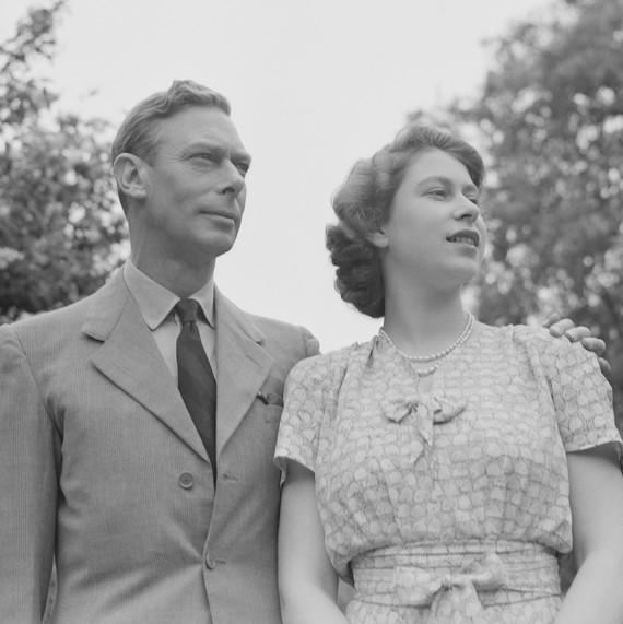 Getty-elizabeth-and-king-george