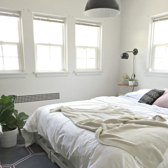 Bedroom Makeover & The Small-Bedroom Makeover: Decorating Ideas to Turn Drab to Fab ...