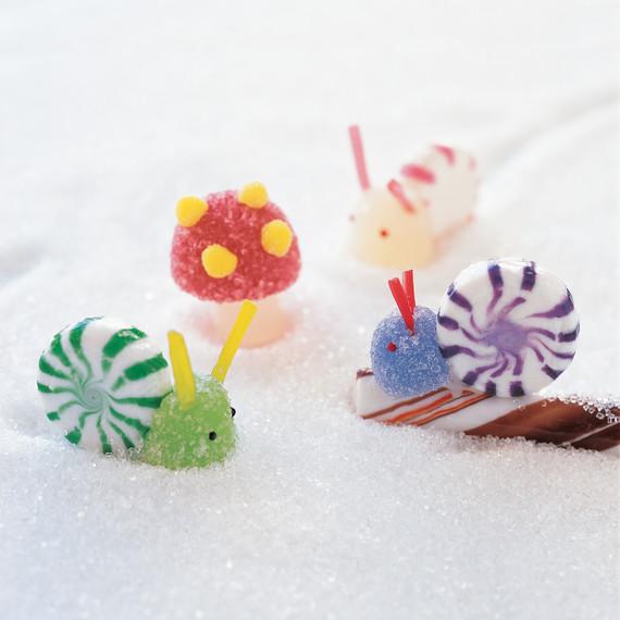 a99752_kidhol02_snails.jpg
