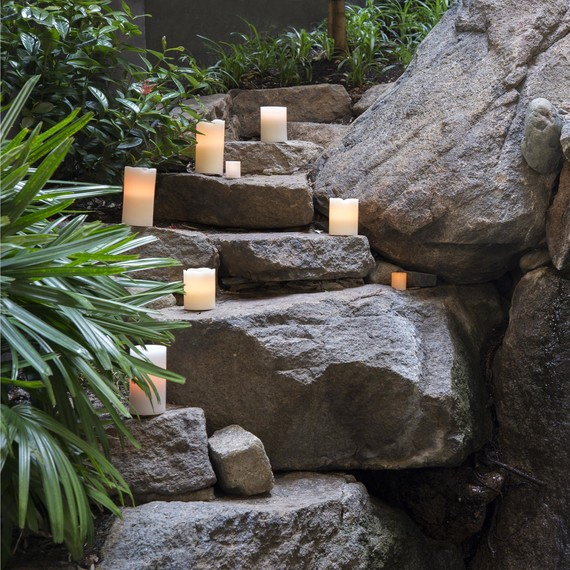 flameless-outdoor-candles-0615