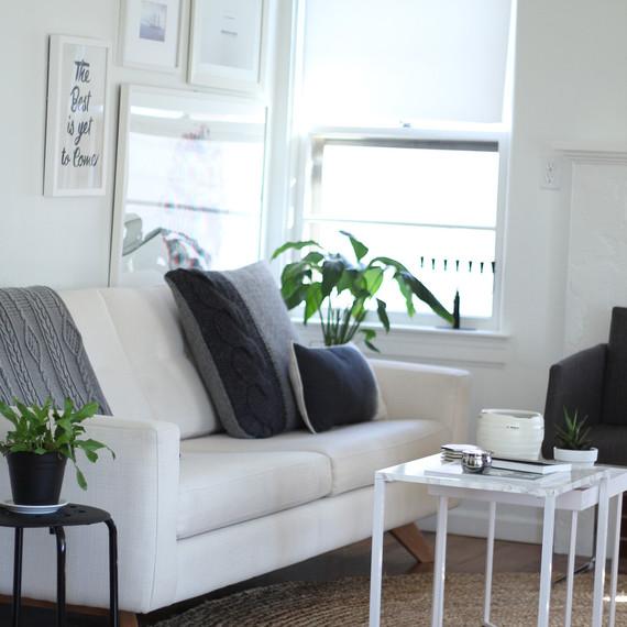 Livingroom Before 1215 (skyword:210951)