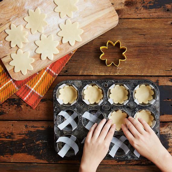 mini-pumpkin-pies-3965.jpg (skyword:442009)