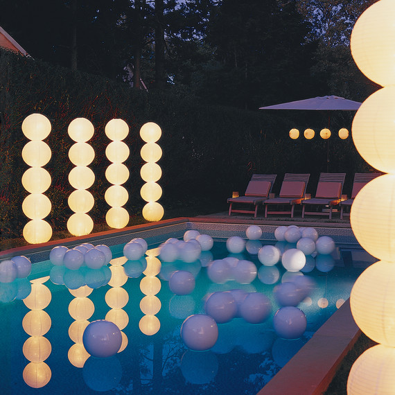 29 Ways To Turn Your Wedding Into A Secret Garden: How To Throw A Glow-in-the-Dark Pool Party
