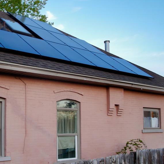 solar-home-panels-0318.jpg