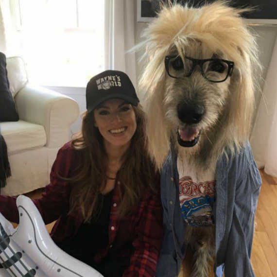 everyones talking about this woman and her dog in waynes world halloween costumes