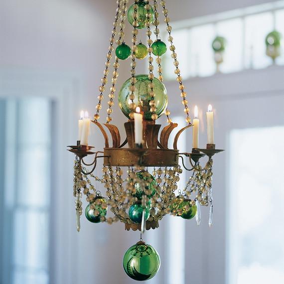 chandelier-02-mla102543.jpg