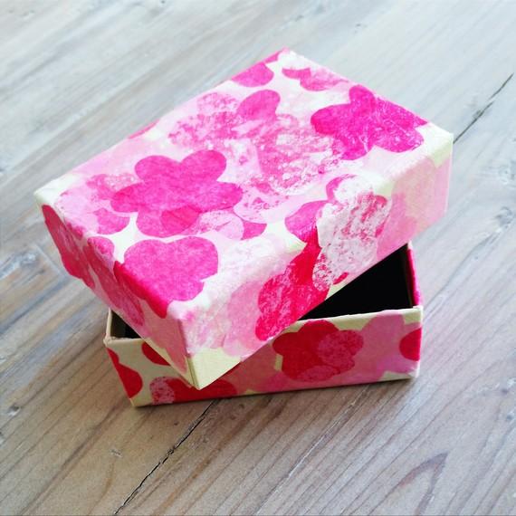 Cherry blossom box 0415 sq