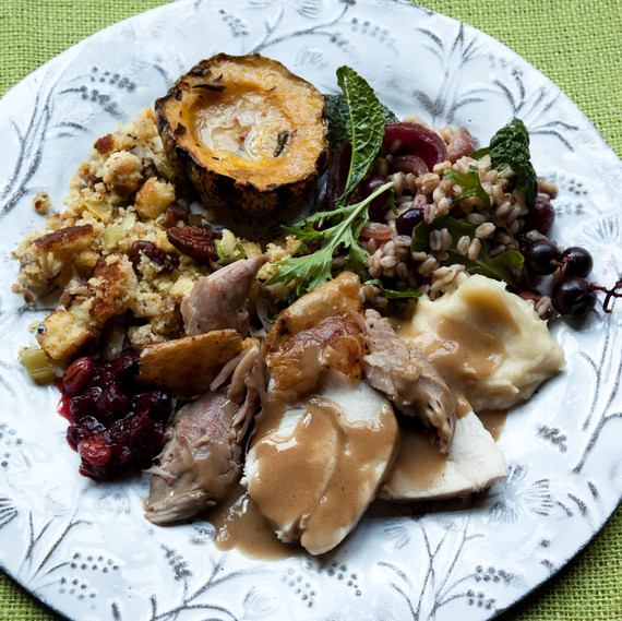 plated Thanksgiving meal