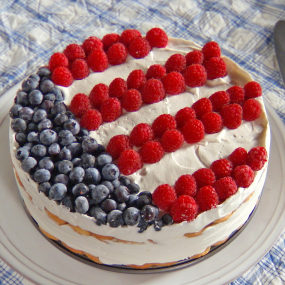 mh_1135_berry_flag_cake.jpg