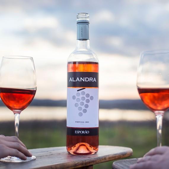 alandra-rose-bottle-0217.jpg (skyword:393245)