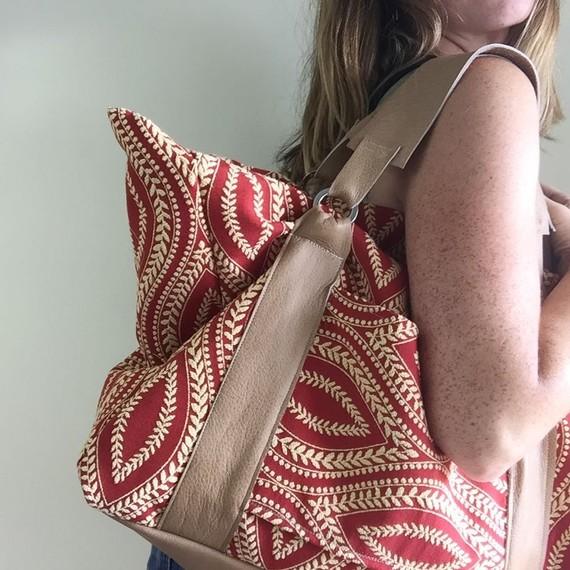 east and market weekend bag