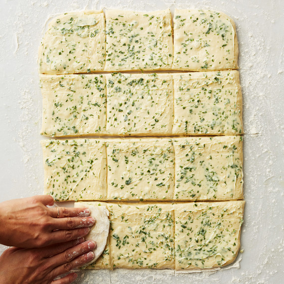 herb bread how to roll