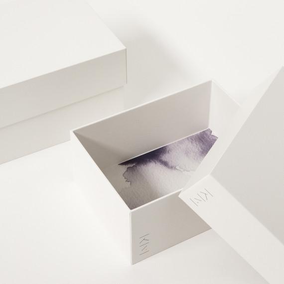 white marie kondo box