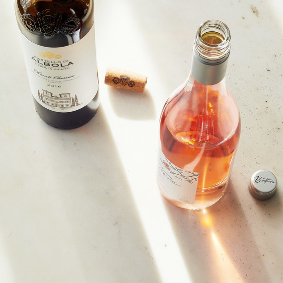 Should You Buy Wine with a Cork or a Screw Cap?
