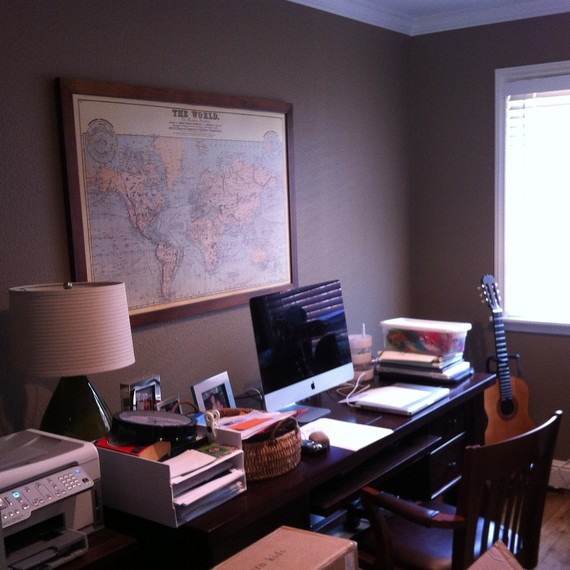 homeofficemakeover-2-1215.JPG (skyword:210057)