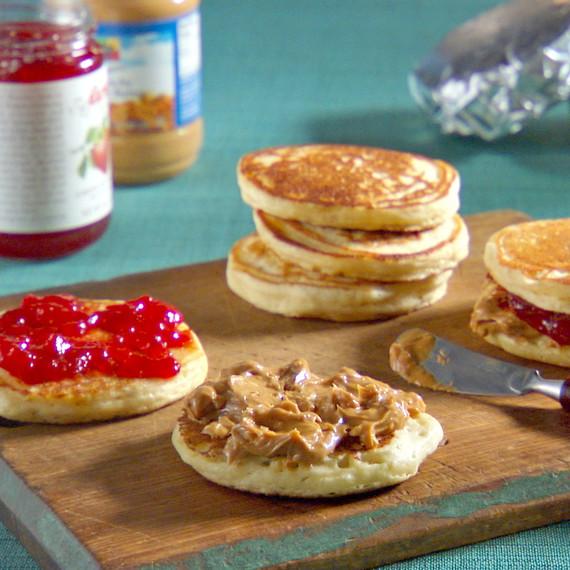 mh_1090_pb_and_j_pancakes.jpg