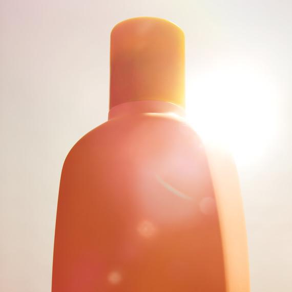 opener-sunscreen-md110103.jpg