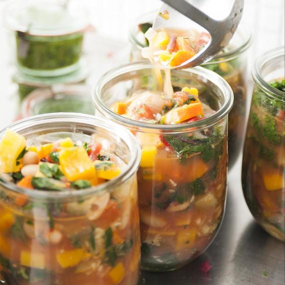 soup-club-minestrone-0415