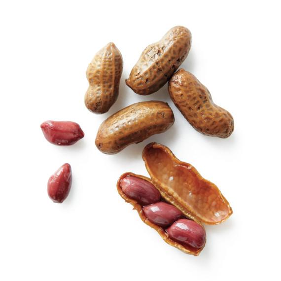 boiled-peanuts-2-med108679.jpg