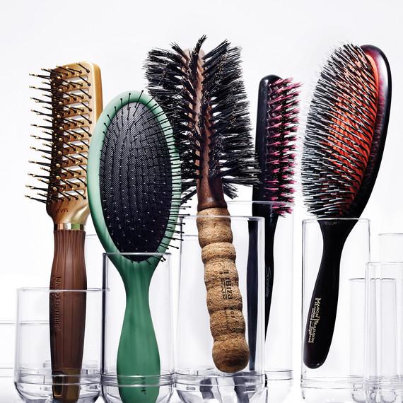 hair-brushes-180-d111410-r.jpg