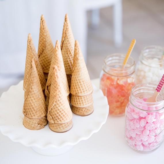 ice cream sundae bar cones