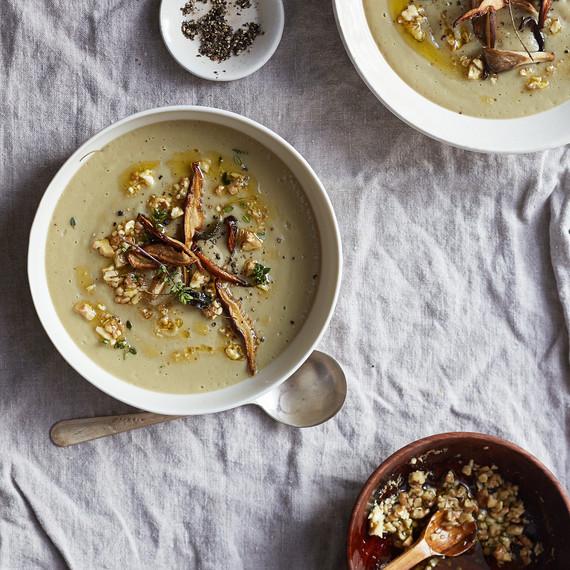 mushroom-soup-primary-0116.jpg (skyword:217059)