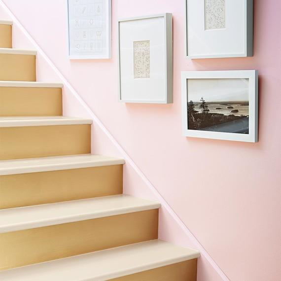painted-stairs-080-d112909.jpg