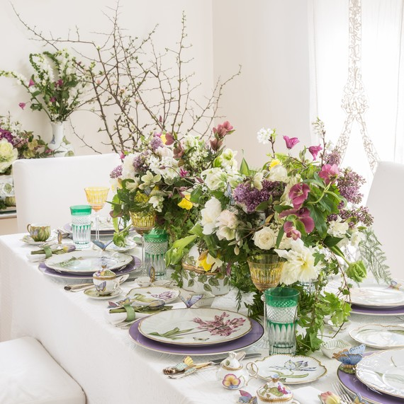royal wedding table & How to Set a Royal Wedding Table with Floral Centerpieces | Martha ...