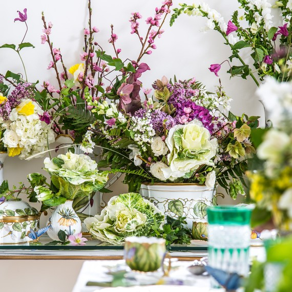 How to Set a Royal Wedding Table with Floral Centerpieces | Martha ...