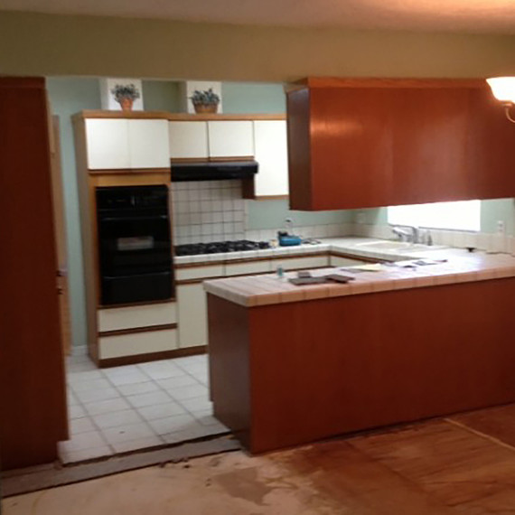7-before-after-kitchen-0216.jpg (skyword:230361)