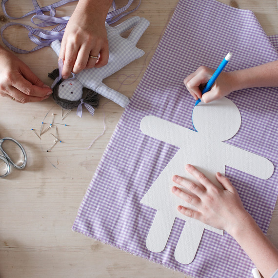 Five Reasons Every Child Should Learn How to Sew