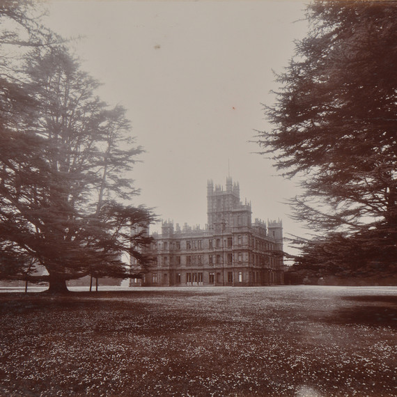 downton-abbey-castle-0117-1.jpg (skyword:385782)