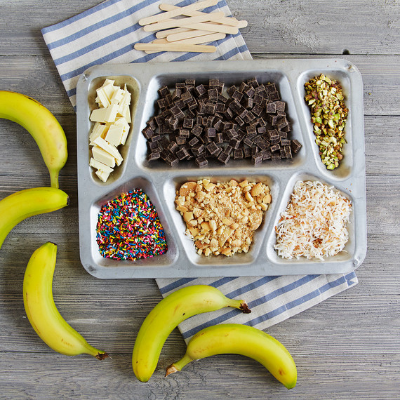 frozen-banana-pops-0517-215.jpg (skyword:432267)