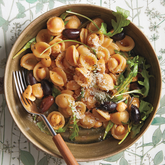 This Week for Dinner, We're Still Savoring Stew and Other Cold-Weather Comforts
