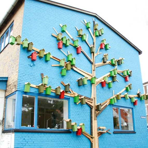 Artist Thomas Dambo has built over 3,500 birdhouses from recycled materials and scrapwood.